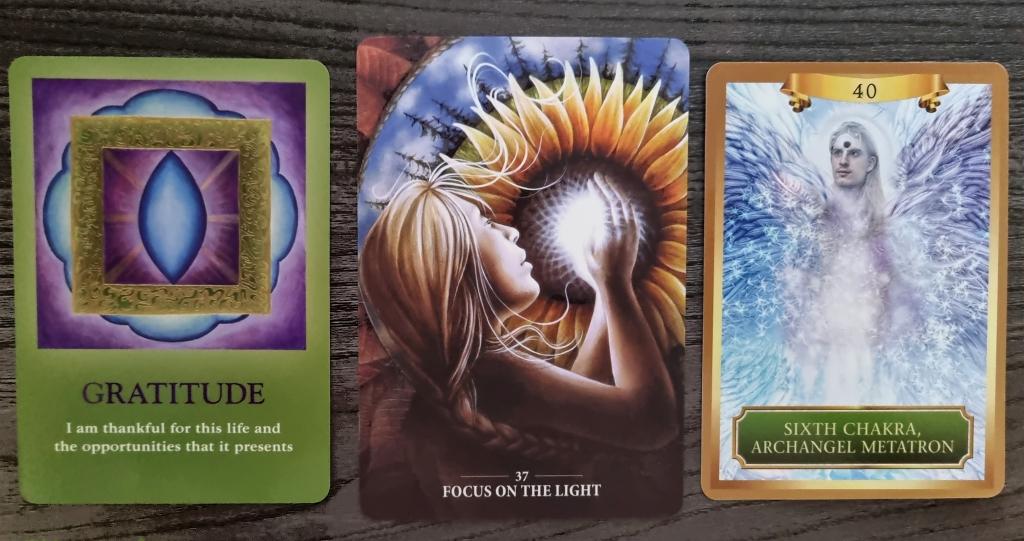 Spiritual Tarot & Guidance 31st July ~ 1st August 2021 . Cards Gratitude, Focus on the Light and Sixth Chakra Archangel Metatron